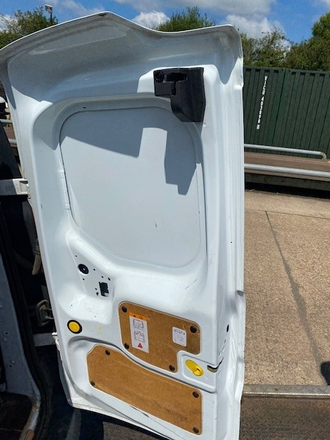 FORD CONNECT- OS REAR DOOR-5