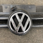 MK4 GOLF FRONT GRILL-1