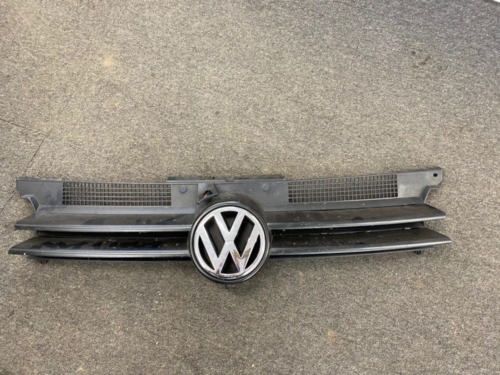 MK4 GOLF FRONT GRILL