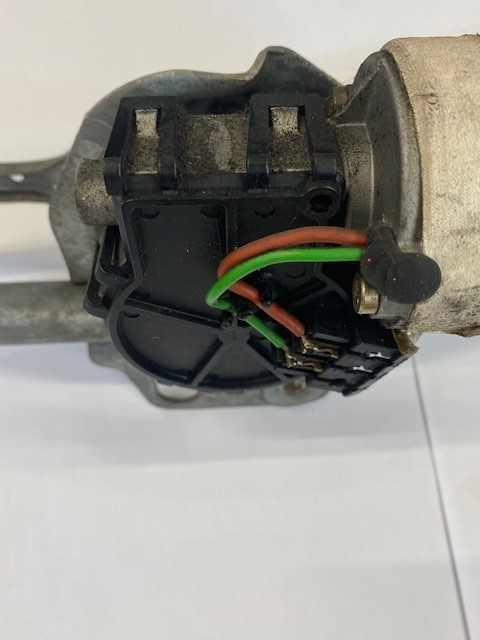RO51XRS-FRONT WIPER MOTOR-1
