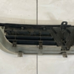 VAUXHALL VECTRA B FRONT GRILL-89