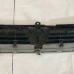 VAUXHALL VECTRA B FRONT GRILL-9